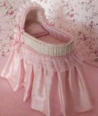 baby's white and pink bassinet Richmond Hill, L4B