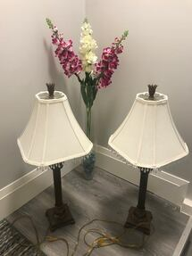 Like new lamps, each $20 ... if you buy it 2 of them. Totally $ 30