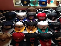 assorted color fitted caps lot 462 km