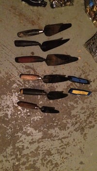 Roofing trowels