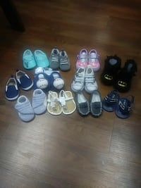 Ltoddler's assorted pairs of shoes