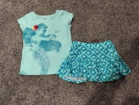 4t Little mermaid shirt and skort  Paris, 40361