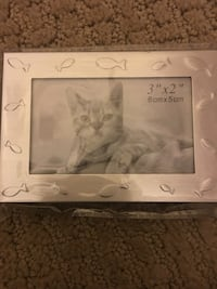 3'' by 2'' rectangular gray photo frame Wentzville, 63385
