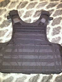 black and gray tank top Barstow, 92311