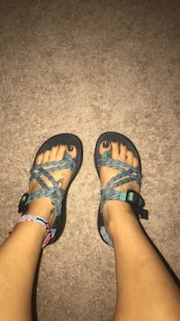 Double strap toe loop Chacos size 6 Winston-Salem, 27284