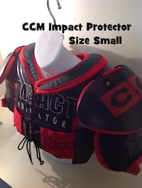 CCM Impact Protector Hockey Shoulder Pads/ Chest Gear: Size Small