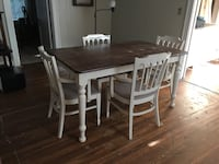 Antique table and chair set Shreveport, 71106