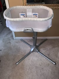 Halo Bassinest Premiere Baby Bassinet  Odenton, 21113