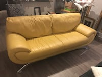 Beautiful genuine leather sofa - Nicoletti - modern with chrome legs - PRICE IS FINAL. Rockville, 20850