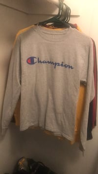 Men's small grey long sleeve champion t shirt San Antonio, 78216