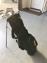 ab654a800880 Used Oklahoma state swinging pete golf bag for sale in Fort Worth ...