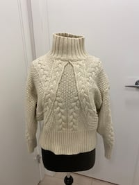 Zara cable knit sweater Richmond, V6X 2A2