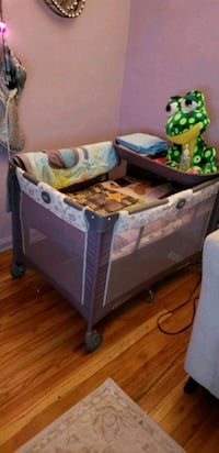 Baby playpen with changing table  Brooklyn, 11223