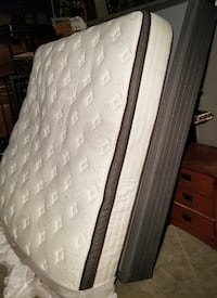 KING PILLOW TOP MATTRESS SET CLEANED CAN DELIVER