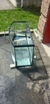 46 gallon bow front tank  Pickering