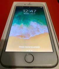 iPhone 6S 64 GB Unlocked Mint condition Calgary, T2Y 4E4