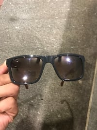 Brand new guess glasses  43 km
