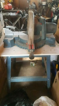 Bosch 3915 Slide Compound Mitre Saw on stand