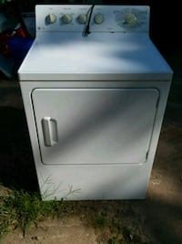 white front-load clothes dryer Marquette Heights, 61554