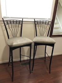 two black metal framed white padded chairs Woodbridge, 22191