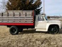 white and red single cab pickup truck North Platte, 69101