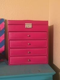 Pink Makeup/Jewelry Holder Austin, 78746