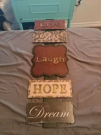 Live, love, laugh, hope, and dream sign