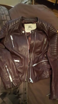 Burberry ladies jacket Abbotsford