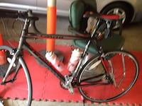 Red and black road bike Suitland-Silver Hill, 20746