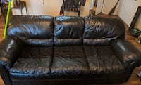 Leather couch and loveseat Brandon, 33511