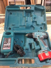 MAKITA CORDLESS  DRILL - BATTERY CHARGER HARD CASE