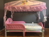 Princess toddler bed with canopy Mississauga, L5K 1K8