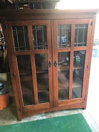 Chest for chinaware, tv or clothing in great condition  South Gate, 90280