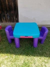 2step table n chairs