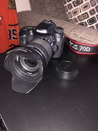 Canon EOS 70D DSLR Camera with 18-135mm lens Vancouver, V6G