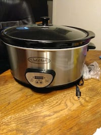 Brand new ! slow cooker  stainless steel  Middletown, 21769