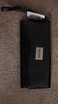 New Kenneth Cole Black Women's Wallet -- with tags Arlington, 22201