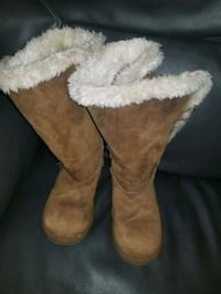 girl's airwalk fur boots Virginia Beach, 23455