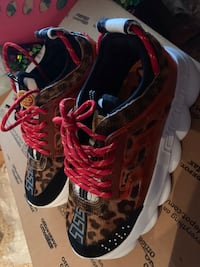 Versace chain reaction (will trade for iPhone XS) New Orleans, 70124