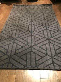 Brand new area rug 5x8 ft wool navy colour Mississauga, L5J 4E6