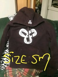 black and white pullover hoodie Selkirk, R1A 1R7