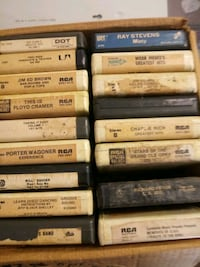 8 track tapes  Cleveland, 77327