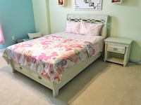 Girl's Bedroom Set - Full Bedframe and Nightstand CHANTILLY