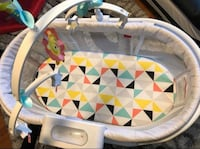 Fisher-Price Soothing Motions Bassinet  Toronto, M4J 2T1