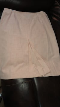 Peach 2 piece skirt set Fort Washington, 20744
