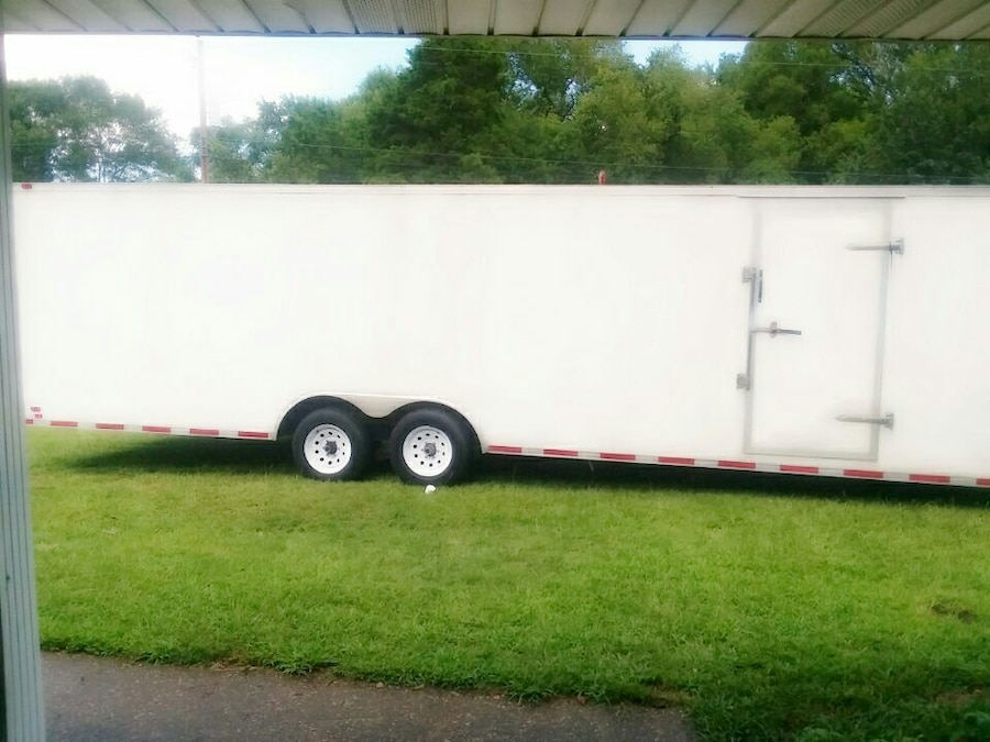 2014 8 x 28 enclosed car hauler clean vin