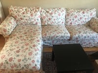 Beautiful floral IKEA couch  Toronto, M3C 2A2