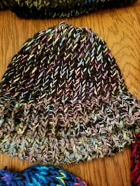 black, white, and green knit cap Tulsa, 74132