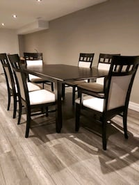 7 Piece Set Solid Wood Table, Dining Room Kitchen  St. Catharines