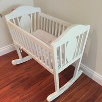 baby's white wooden crib Laval, H7G 0C2
